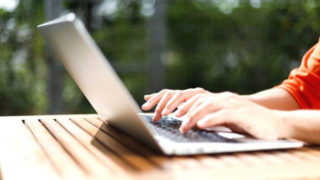 ブログ毎日更新のメリットとデメリット画像